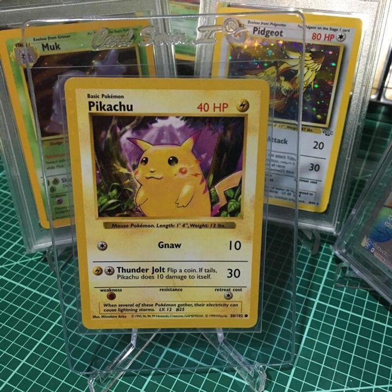 Pikachu (Red Cheeks) - Base Set