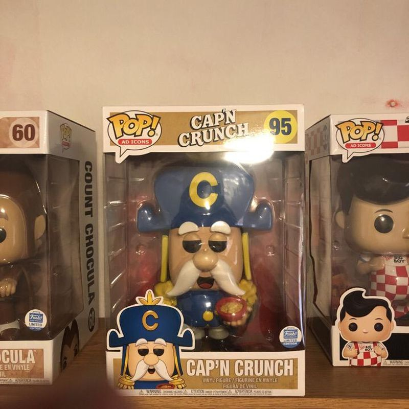 Cap'N Crunch (10 inch)