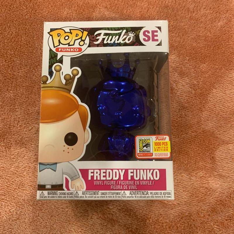 Freddy Funko (Blue Chrome)
