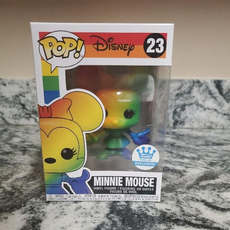 Minnie Mouse (Rainbow)