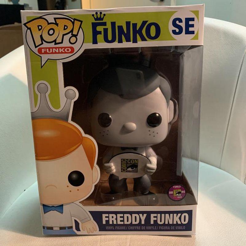 Freddy Funko (Black And White)