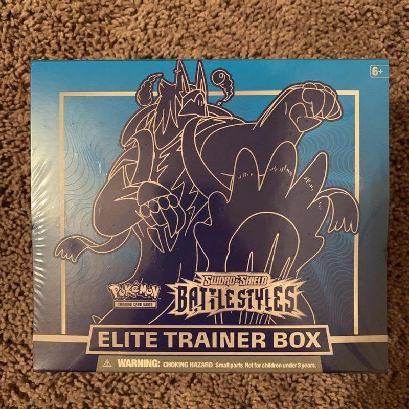 Battle Styles Elite Trainer Box (Rapid Strike Urshifu - Blue)