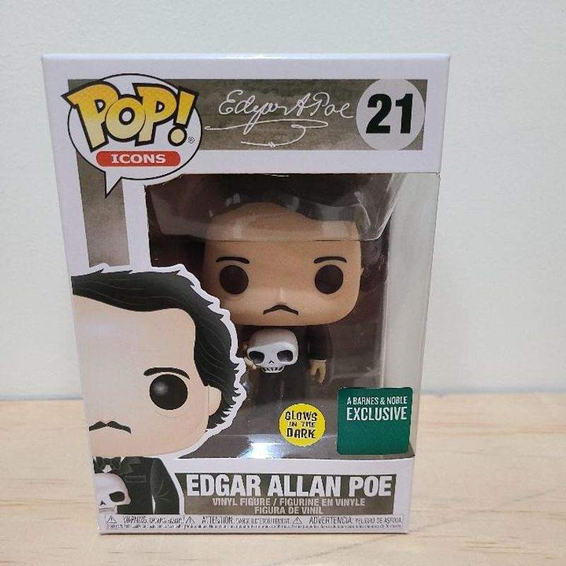 Edgar Allan Poe (Glows in the Dark)